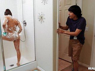 Sex Gefangen Dusche mit Gefangen Dusche